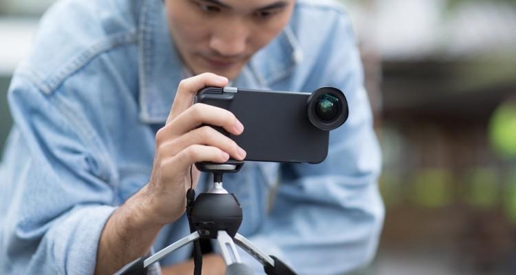 グリップ+シャッターボタン+高品質レンズでもはやデジカメ!?bitplayのiPhoneケース「SNAP! 7」!