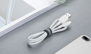 Anker PowerLine II Dura Lightning 01