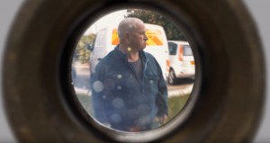 peephole 04