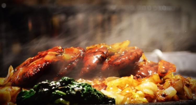 美味しそうな広告の写真、実は・・・!プロが食べ物の撮影時に行う衝撃のテクニック!
