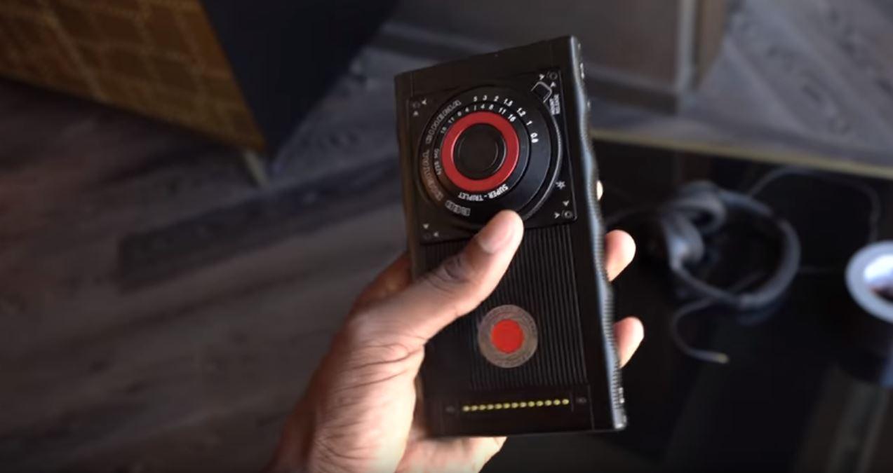 red hydrogen one m 07