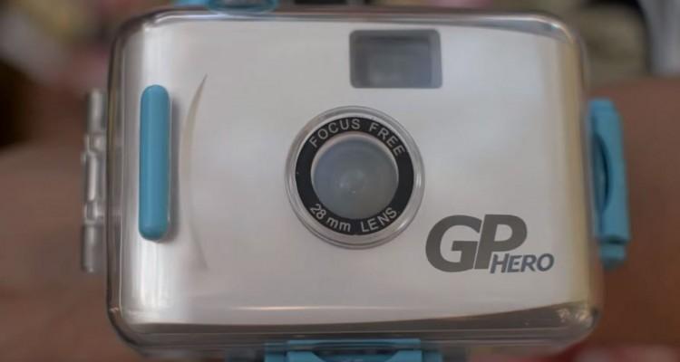 2005年の初代GoPro HERO。35mmフィルムカメラだった!