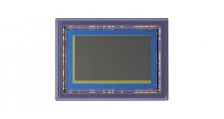 肉眼での識別が困難な暗さでも撮影できる!Canonが超高感度CMOSセンサーを発売