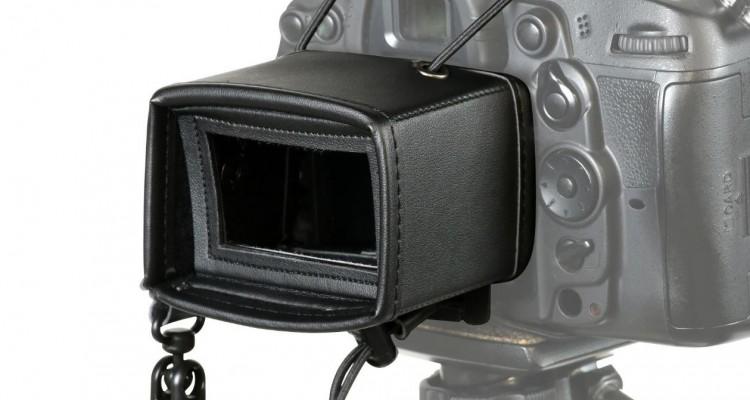 明るい野外でも快適撮影!ケンコー・トキナーからカメラの液晶モニター用フード登場!